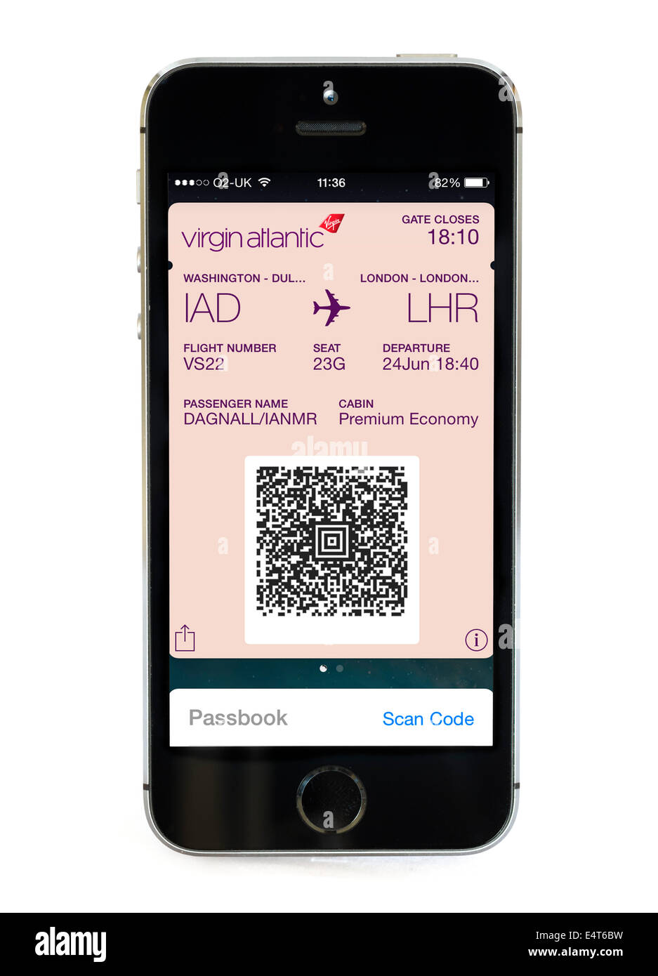 Mobile boarding pass using the Passbook app on an Apple iPhone 5S, UK - Stock Image