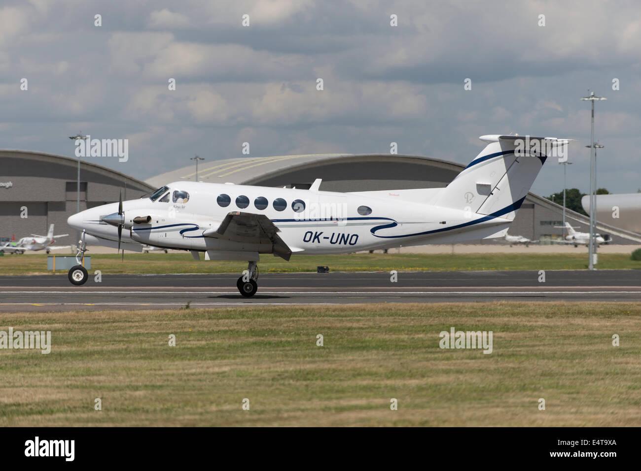 Raytheon B200 King Air, Farnborough Airport - Stock Image