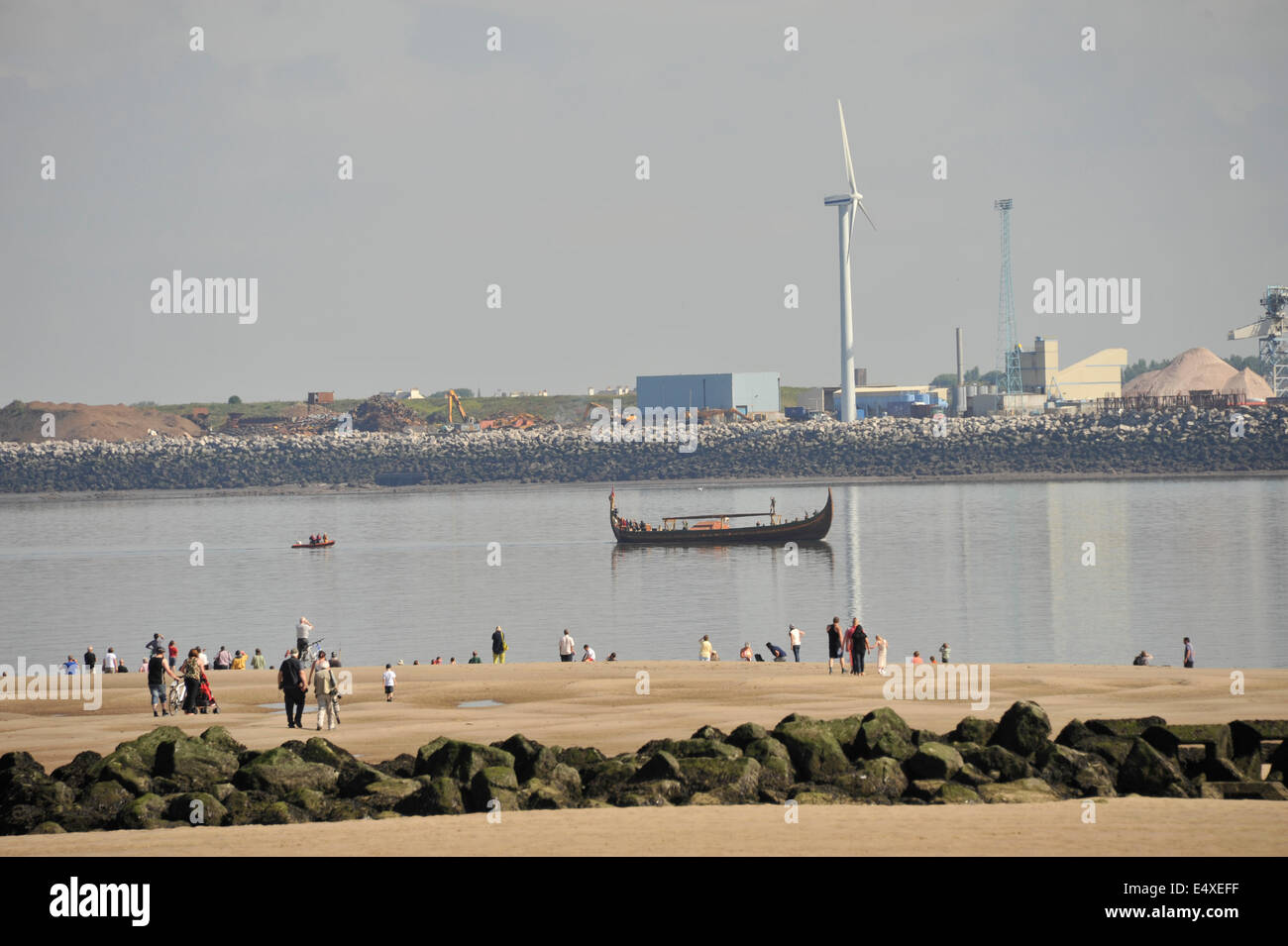 Liverpool, UK. 17th July, 2014. Worlds Largest reconstructed Viking Longship named Draken Harald Harfagre arrived - Stock Image
