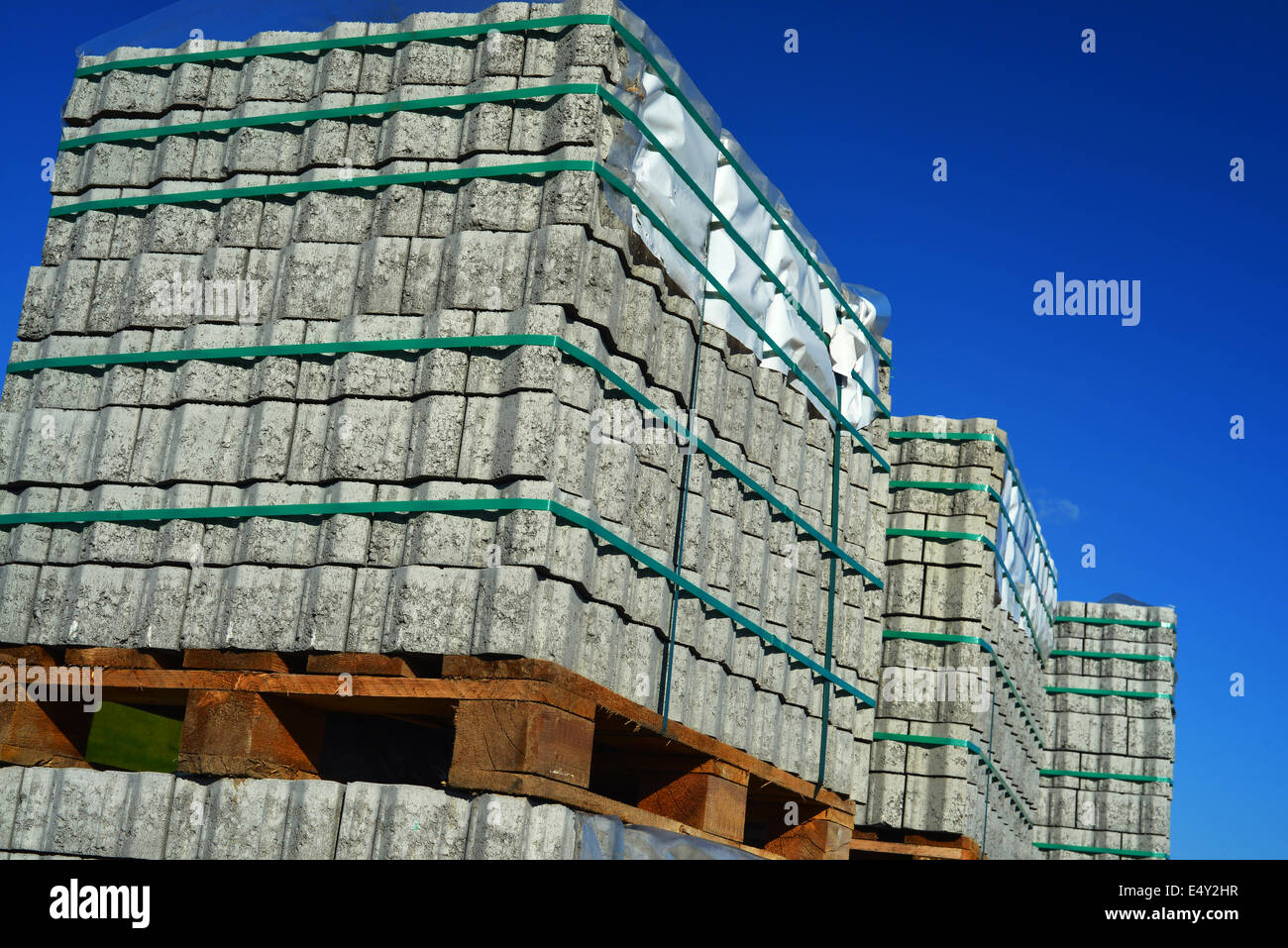 h verbundsteine stock photos & h verbundsteine stock images - alamy