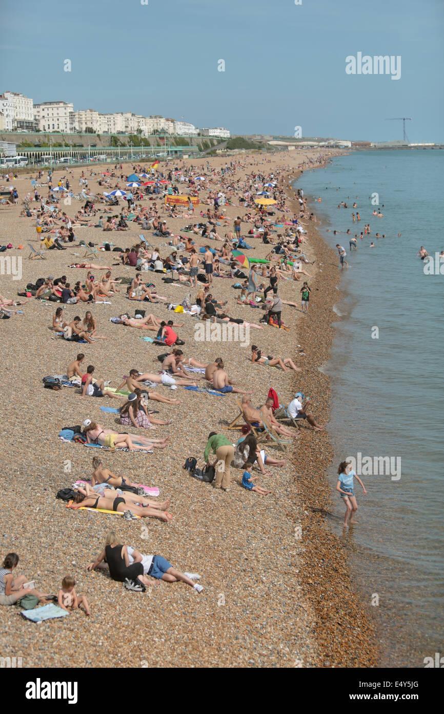 Brighton Beach in the summer sunshine - Stock Image