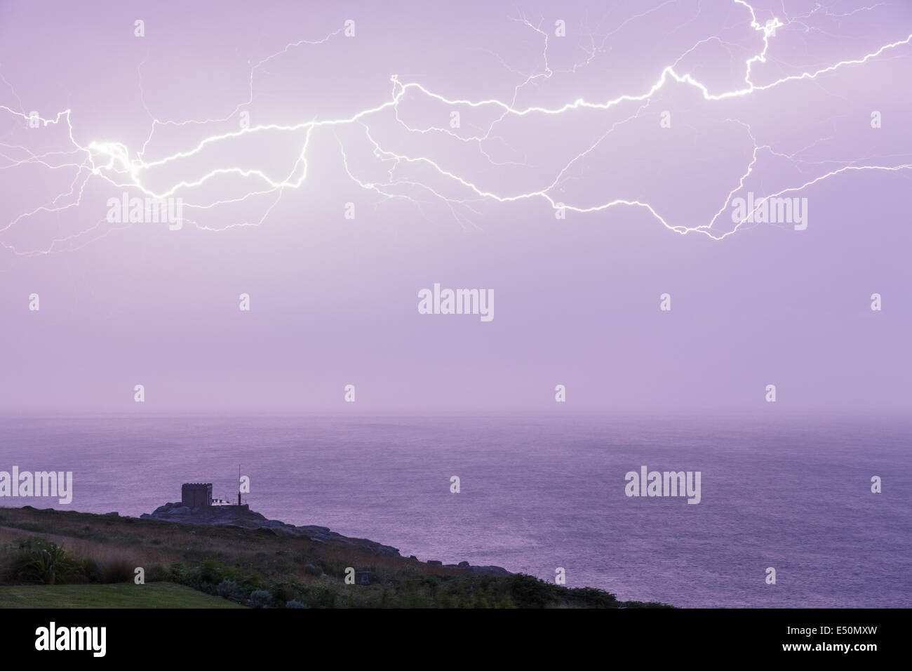 Mayon Lookout, near Land's End, Cornwall, UK. 17 th July, 2014.  Weather: A dramatic electrical storm passes over Stock Photo