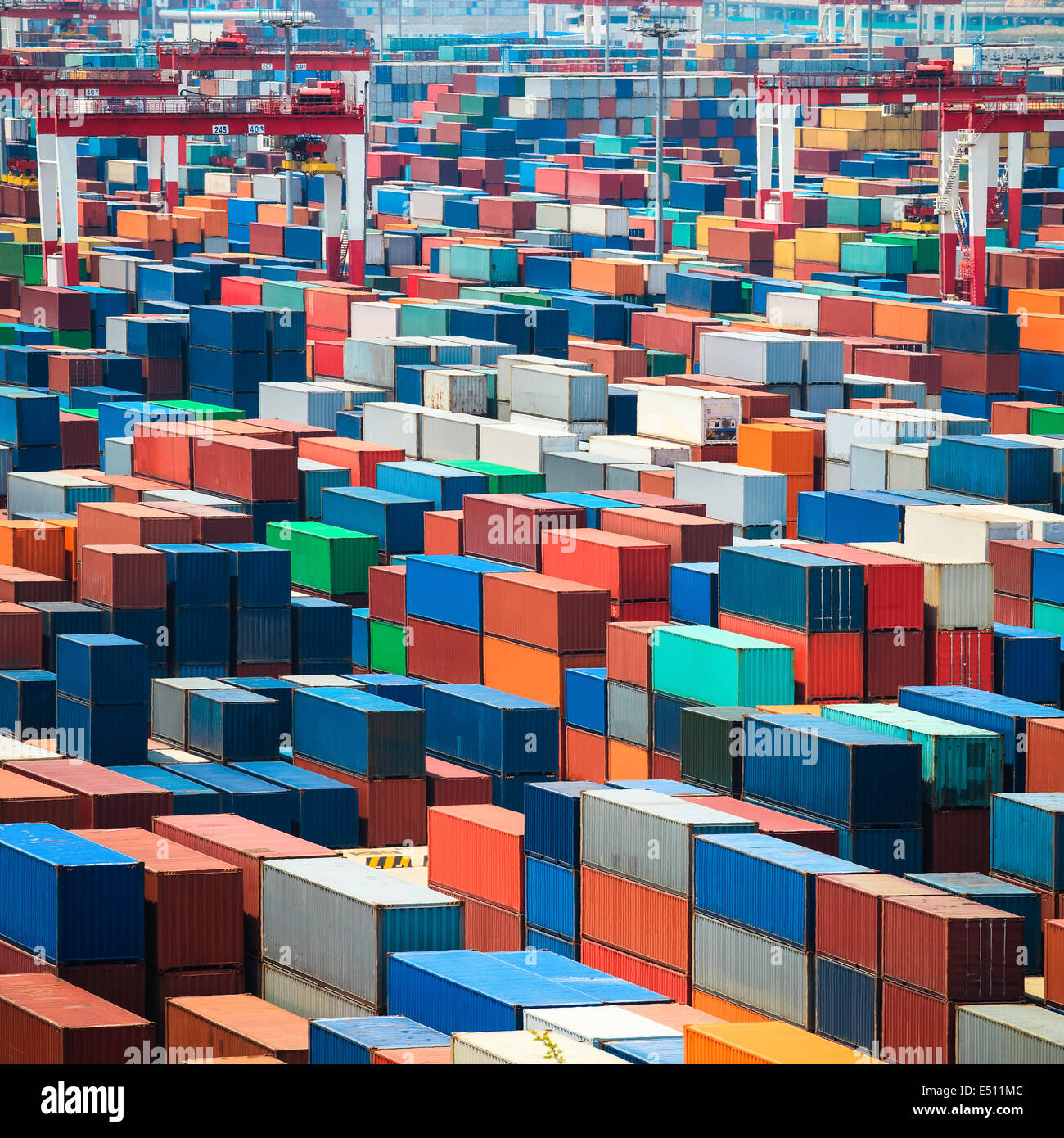 shipping containers in port - Stock Image