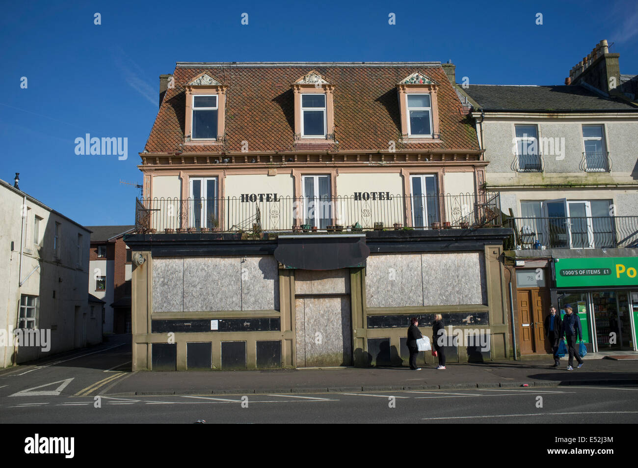 Abandoned hotel on the seafront in Largs, Scotland - Stock Image