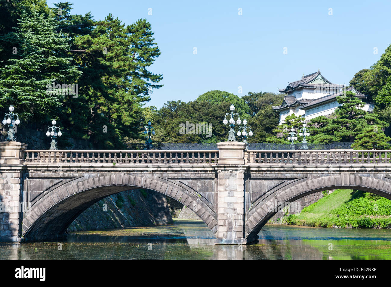 The Imperial Palace and Nijubashi Bridge in Tokyo, Japan. - Stock Image