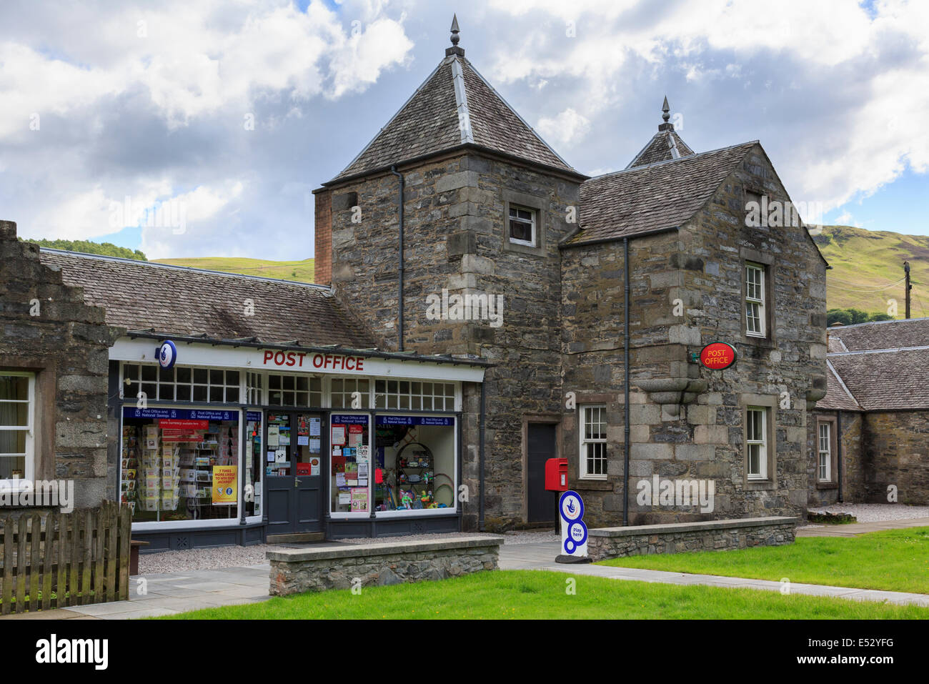 Village Post Office in traditional stone building. Blair Atholl, Perth and Kinross, Scotland, UK, Britain - Stock Image