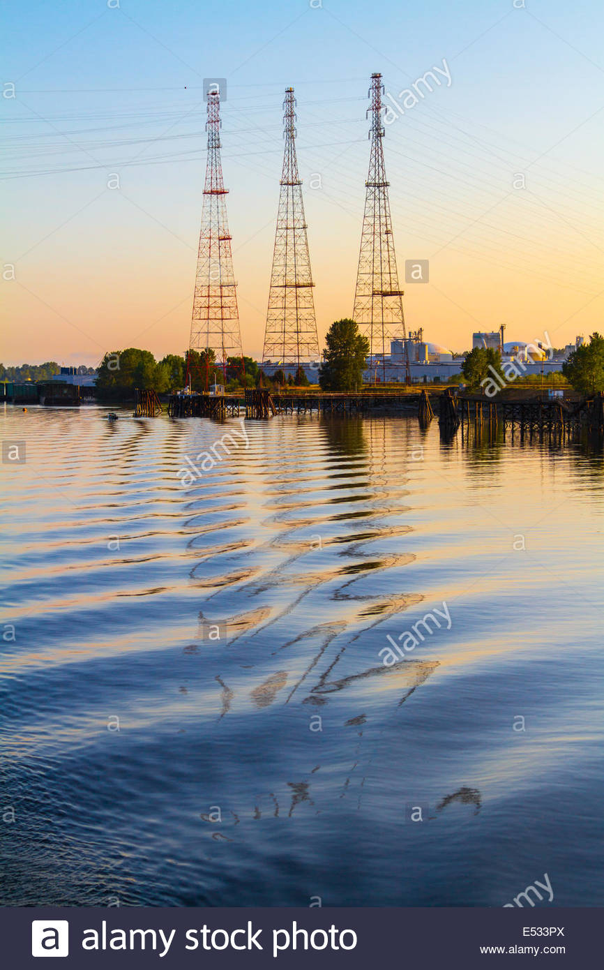 Powerlines Reflected In Water Ripples, Portland, Oregon, USA, North America - Stock Image