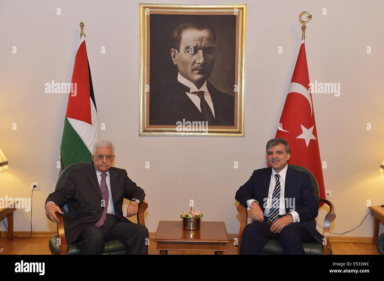 Ankara, Turkey. 18th July, 2014. Turkish President Abdullah Gul (R) meets with visting Palestinian President Mahmoud Stock Photo