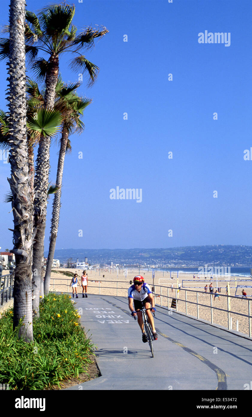 Manhattan Beach bike path - Stock Image