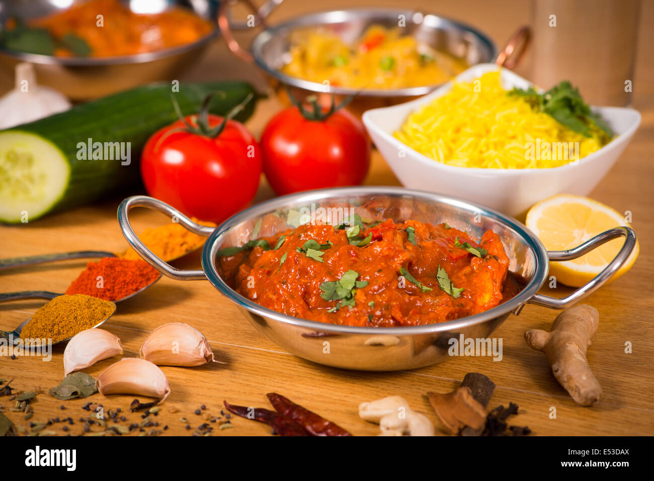 Indian food chicken jalfrezi curry in balti dish decoration set of indian food chicken jalfrezi curry in balti dish decoration set of vegetables forumfinder Choice Image