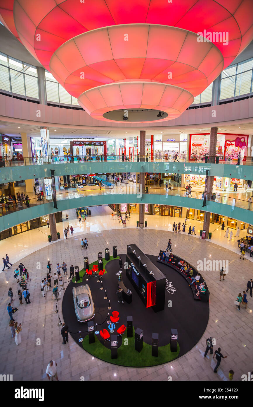 DUBAI, UAE - OCTOBER 31: World's largest shopping mall based on total area and sixth largest by gross leasable area, October 31, Stock Photo
