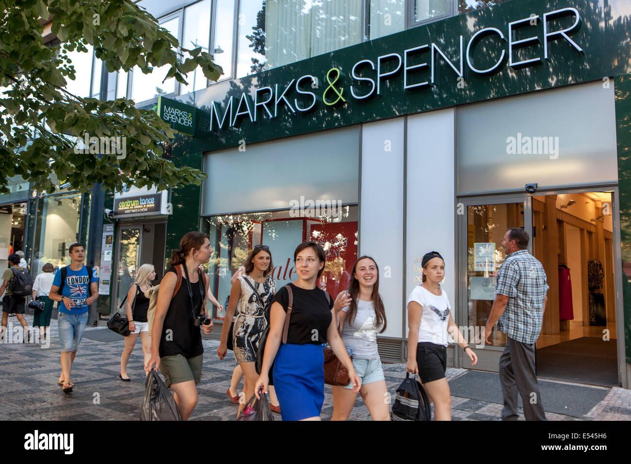 a6a6e79d2c3 Marks Spencer Stock Photos & Marks Spencer Stock Images - Alamy