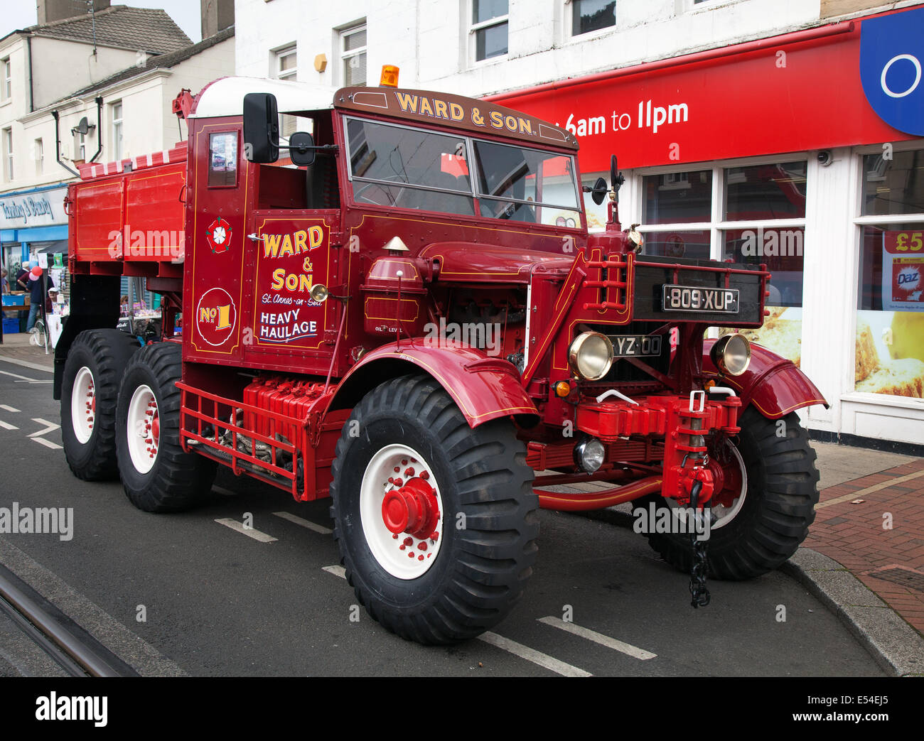 Fleetwood, Lancashire, 20th July, 2014. Scammell Pioneer 1959 Artillery Tractor at the Fleetwood Festival of Transport. - Stock Image