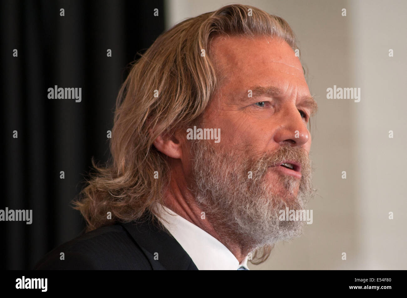 Academy Award winning actor and No Kid Hungry National Campaign spokesperson Jeff Bridges launches the Virginia - Stock Image