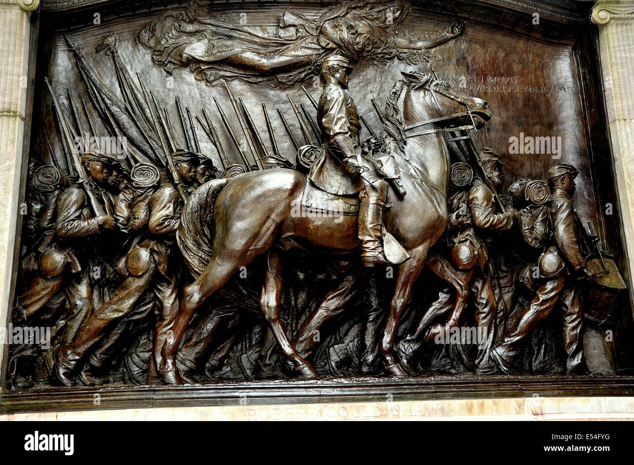 BOSTON, MASSACHUSETTS: Bas relief sculpture of Captain Shaw and his regiment of African-American soldiers - Stock Image