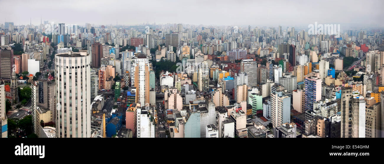 Brazil, Sao Paulo 2013 - Sao Paulo skyline, view form rooftop restaurant and observation deck Edificio Italia (Italy - Stock Image