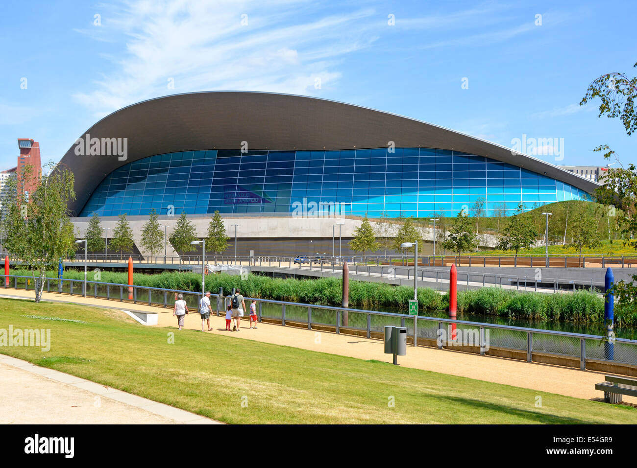 Family swimming pool uk stock photos family swimming - Queen elizabeth olympic park swimming pool ...