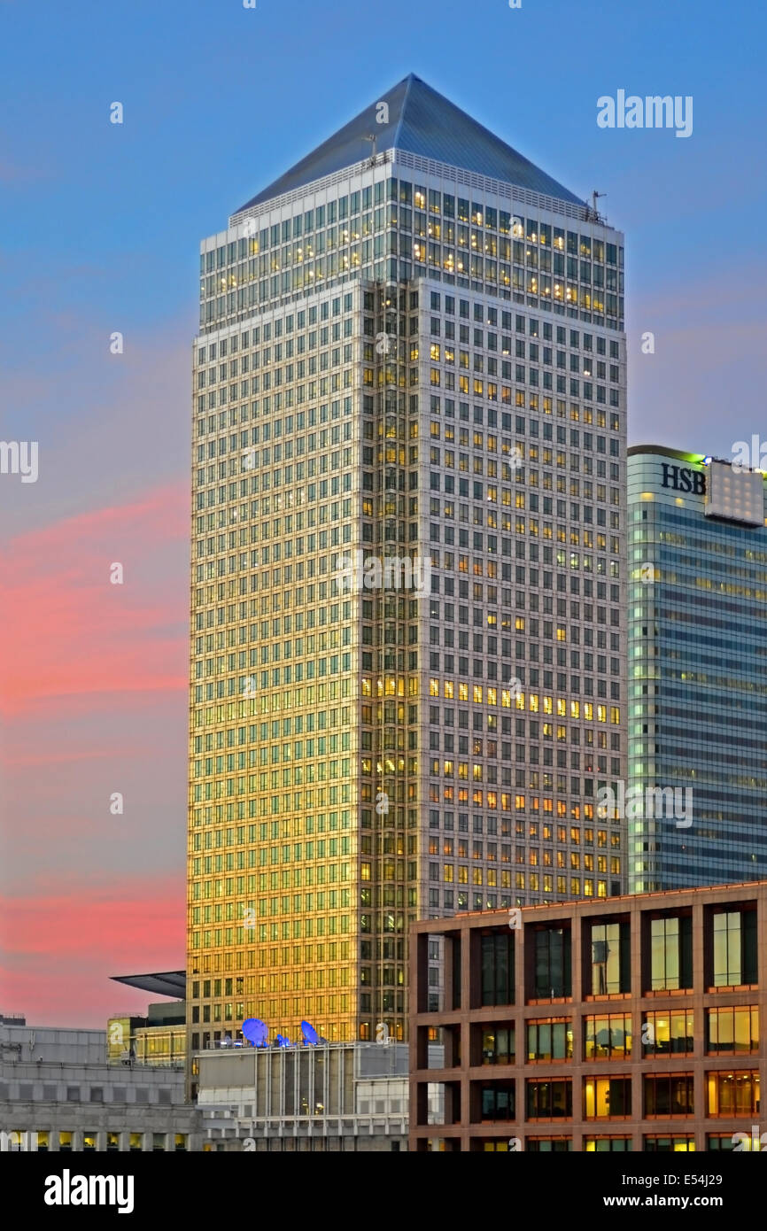 Canary Wharf Tower, One Canada Square at Sunset, Canary Wharf, London, UK - Stock Image