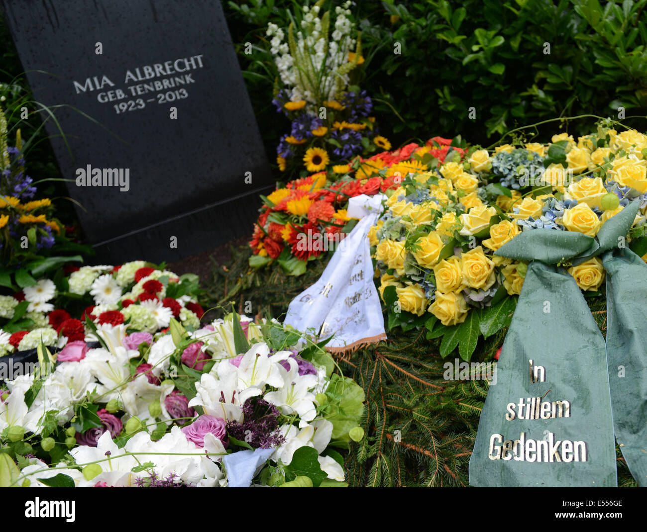 Essen Germany 21st July 2014 Wreaths Lie On The Grave Of Mia