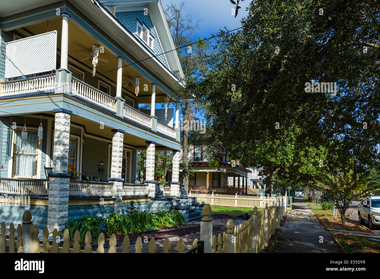Houses on North Pearl Street in the historic Springfield district of Jacksonville, Florida, USA - Stock Image