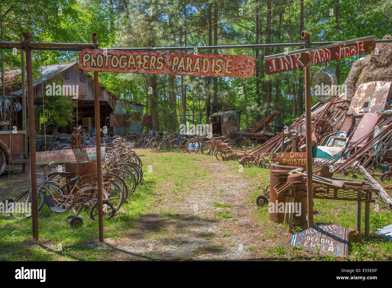 Entrance to Old Car City in White Georgia - Stock Image