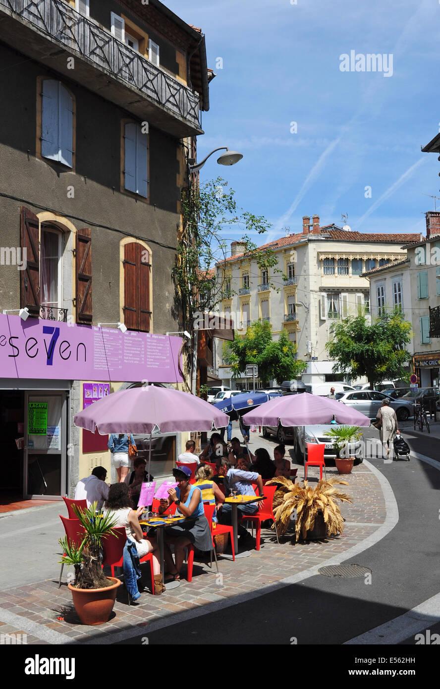 roadside cafe france stock photos roadside cafe france stock images alamy. Black Bedroom Furniture Sets. Home Design Ideas