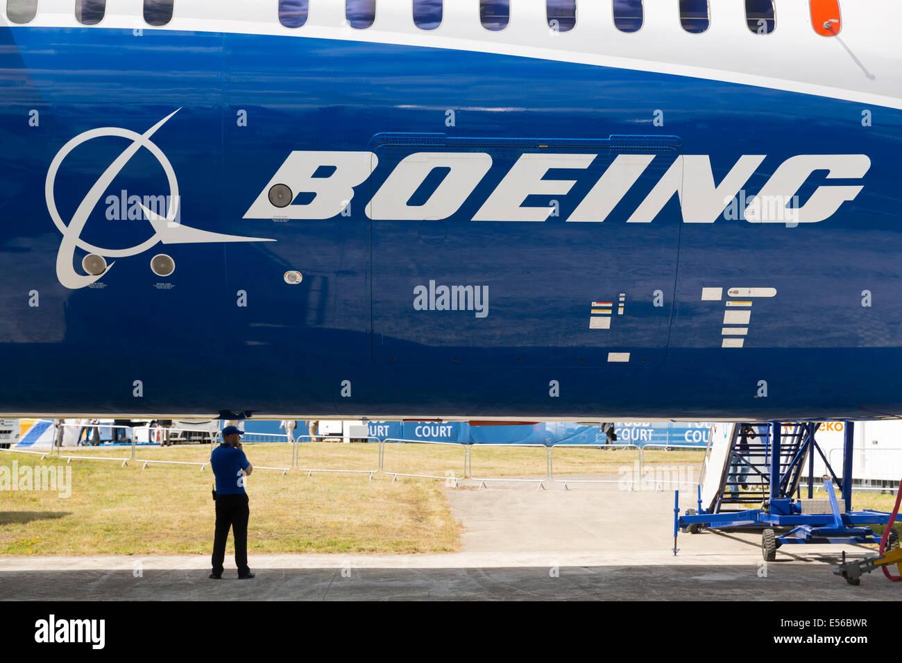 Boeing 787-9 AT FARNBOROUGH AIR SHOW 2014 - Stock Image