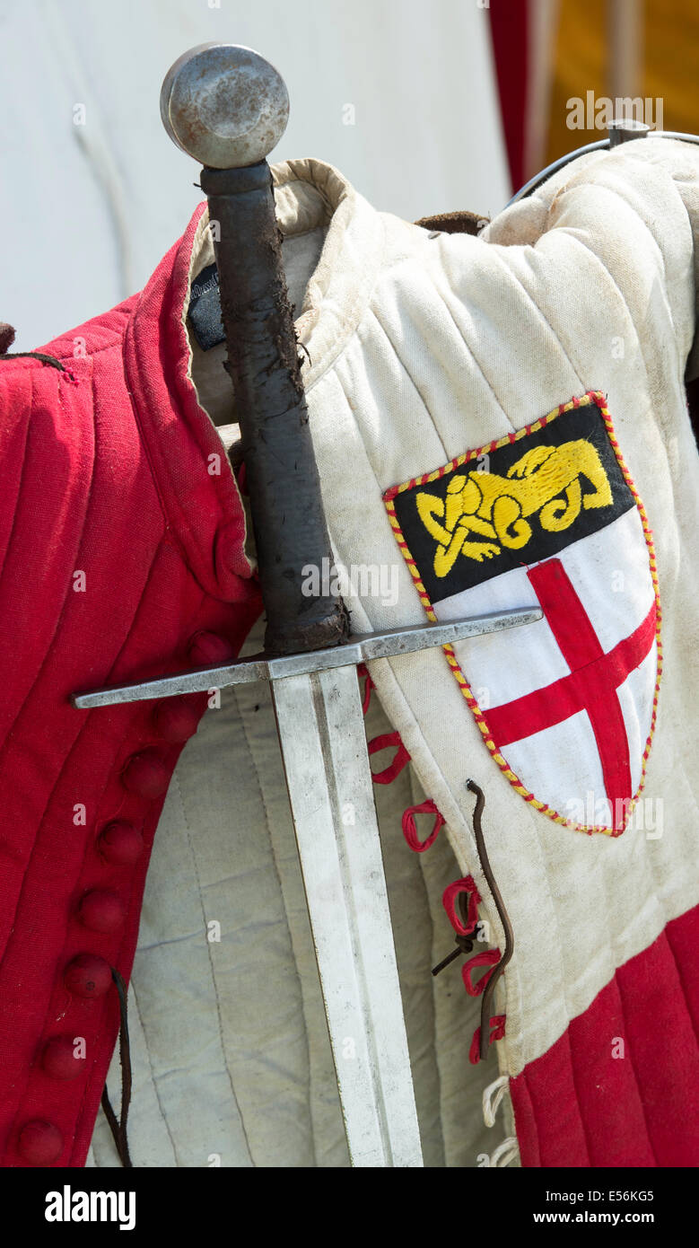 Medieval sword and tunic at the re-enactment of the battle of Tewkesbury . 2014 - Stock Image