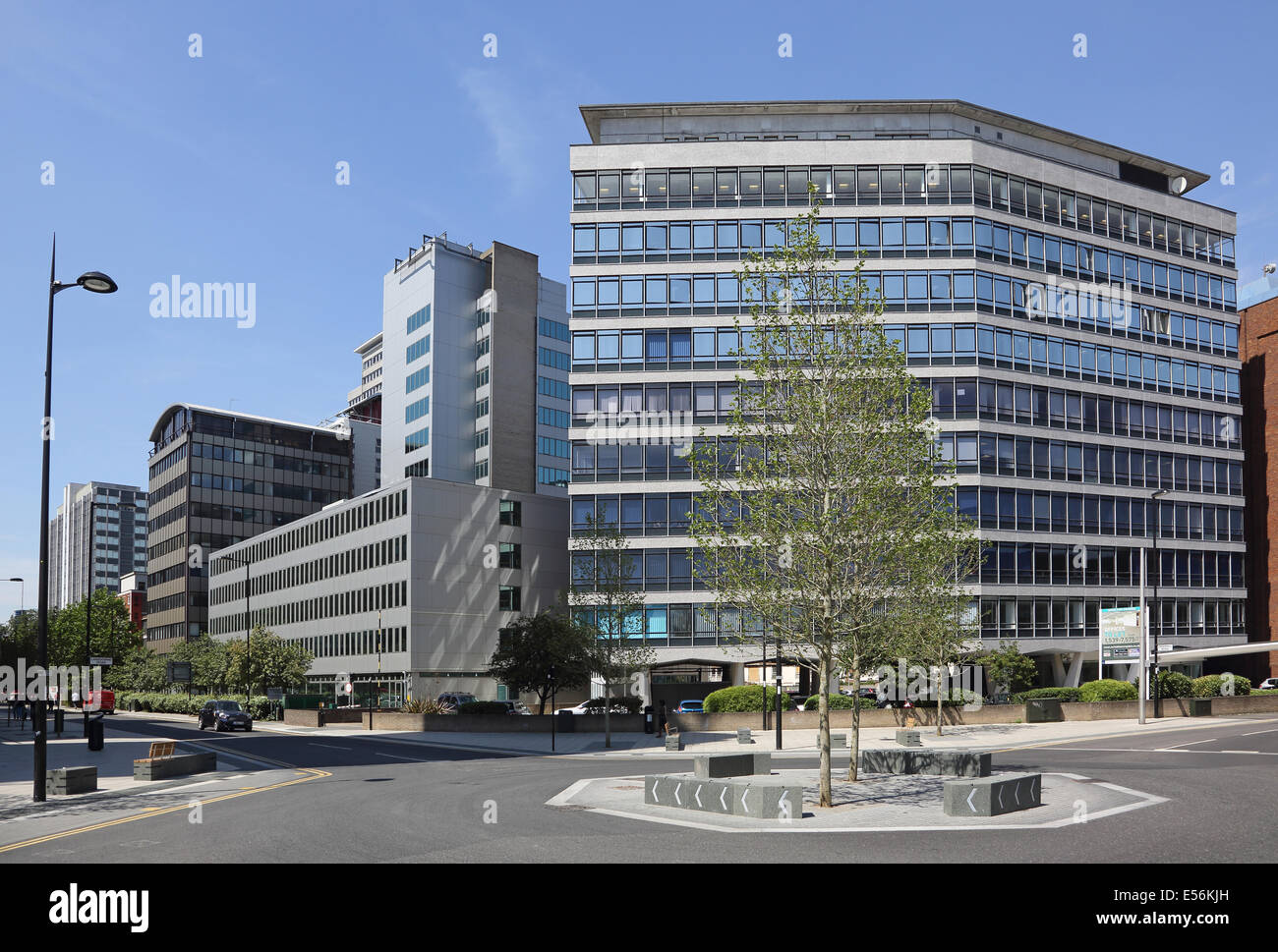 Dingwall Road Croydon. Newly redeveloped junction with new landscaping and refurbished office blocks near East Croydon - Stock Image