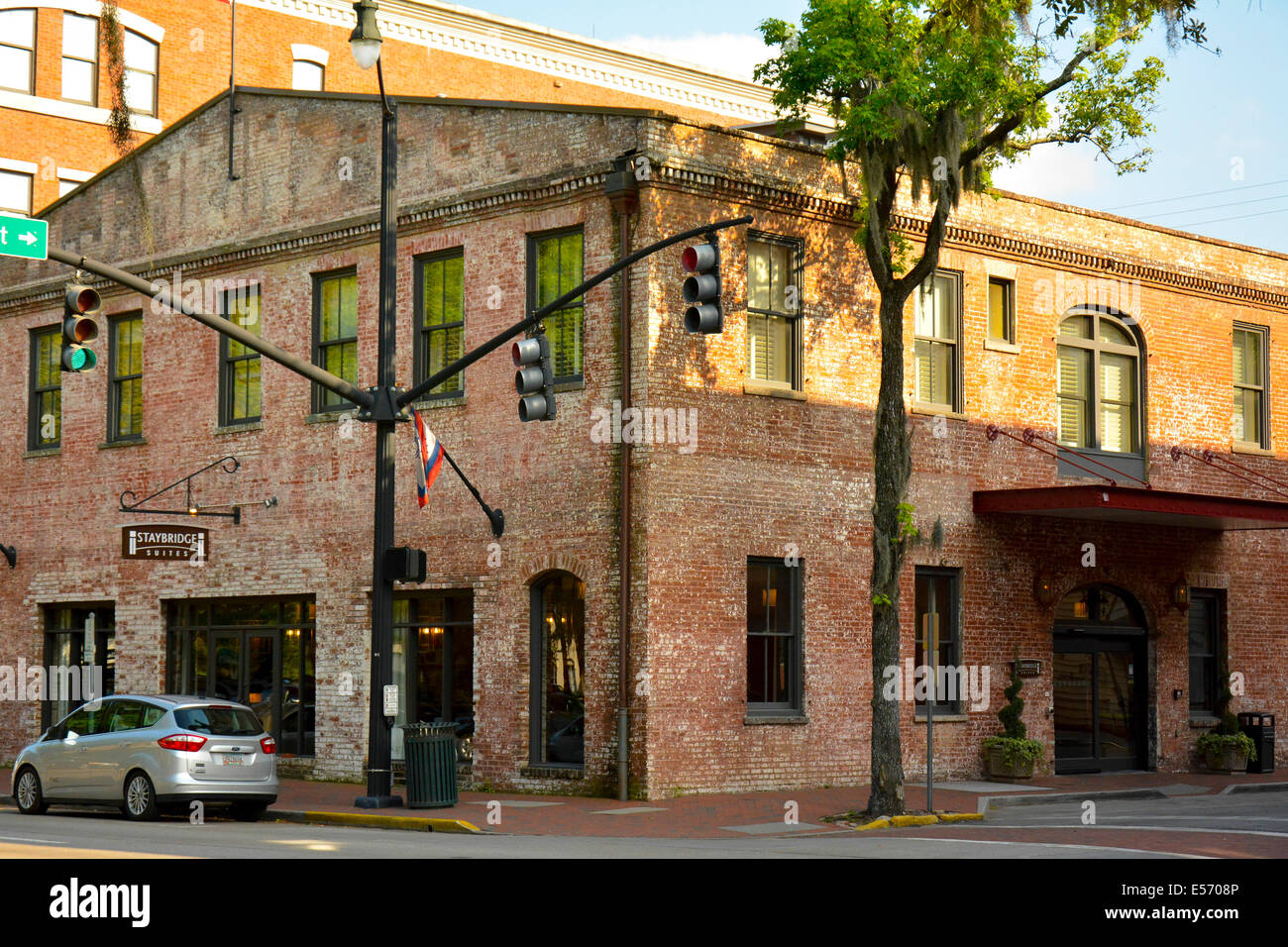The Staybridge Suites thrive in a landmark building in the historic district of Savannah, GA, USA - Stock Image