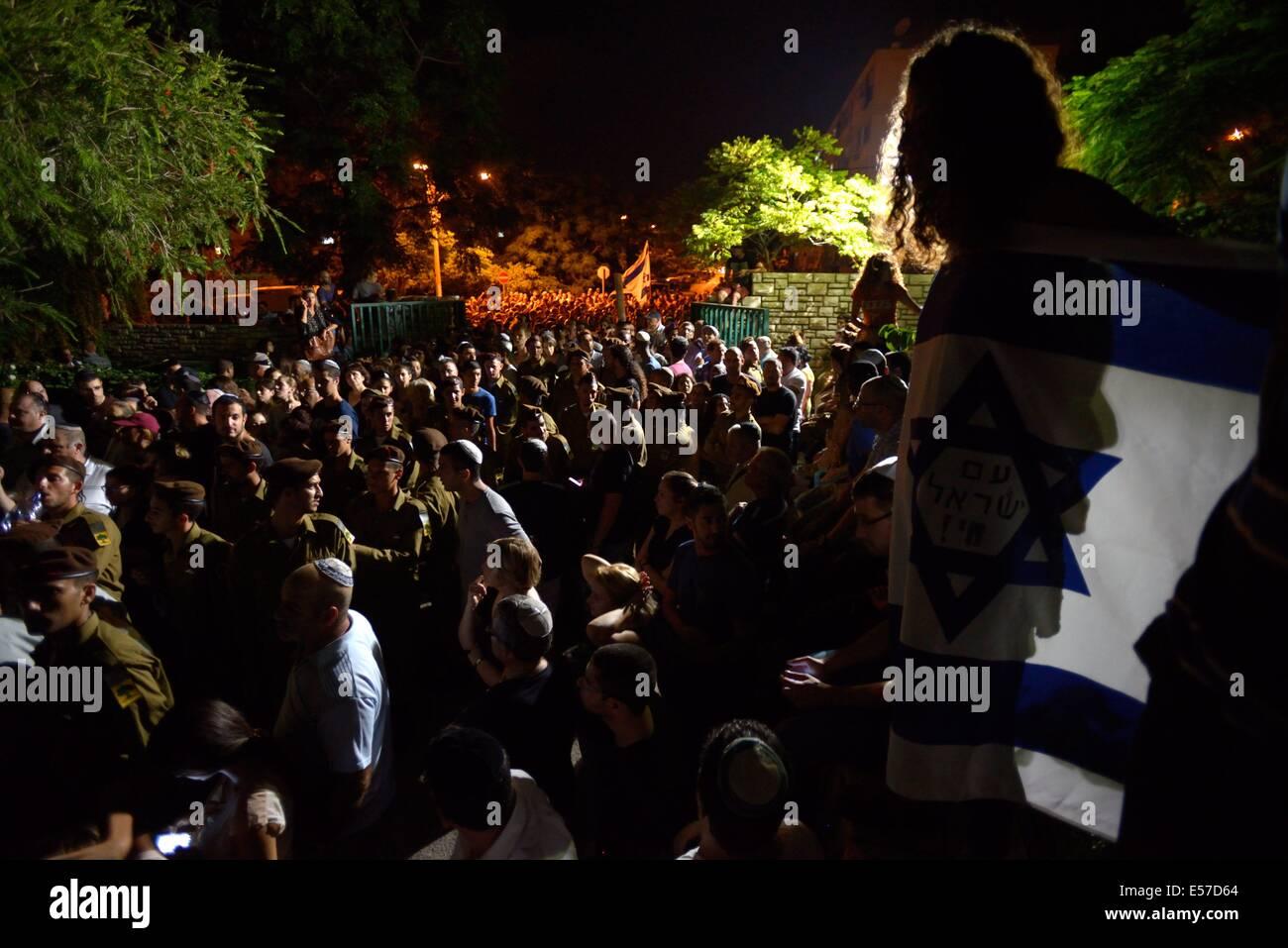 July 21, 2014 - Haifa, Israel - HAIFA, ISRAEL - JULY 21, 2014: Some dozens of thousands of Israelis attended the - Stock Image