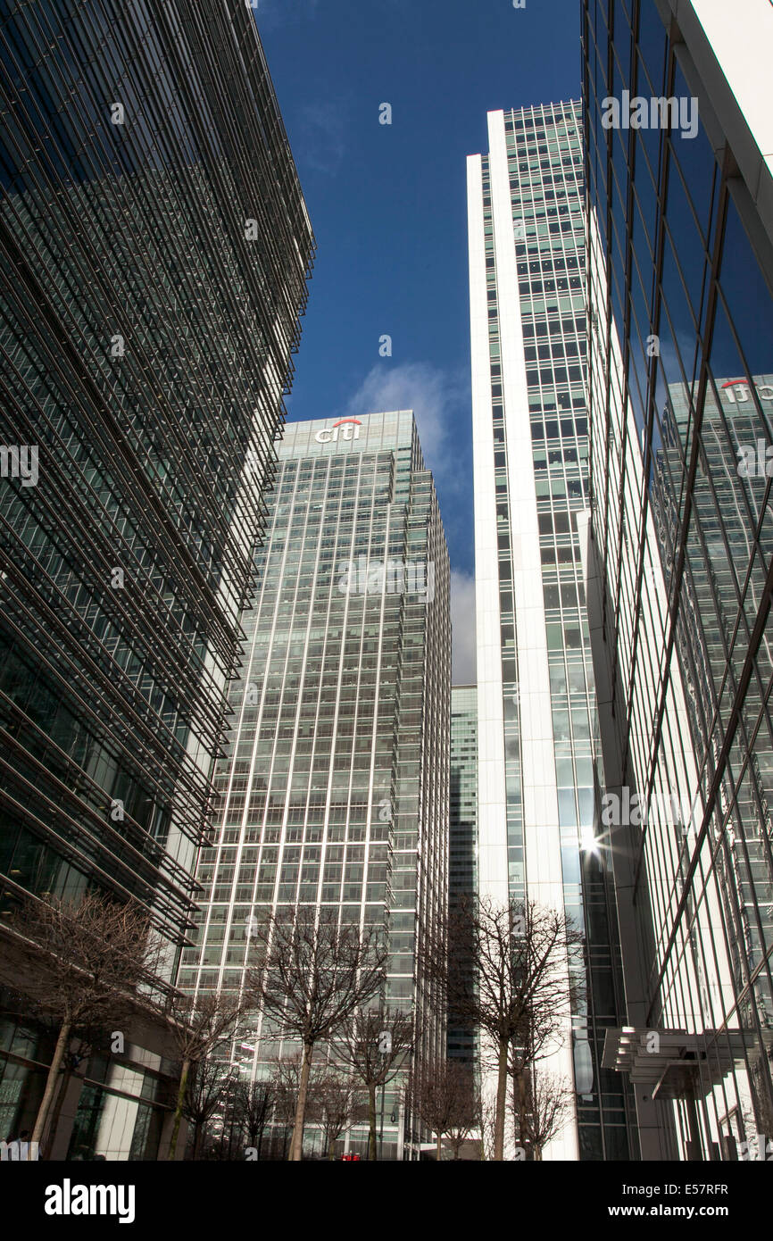 Canary Wharf - London's business district 25 Canada Square