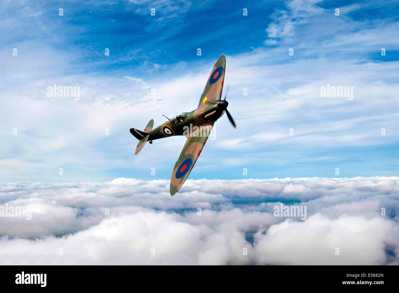.Mk 1 Spitfire P9374 flown by John Romain which has been restored.Started flying again after it was salvaged from - Stock Image