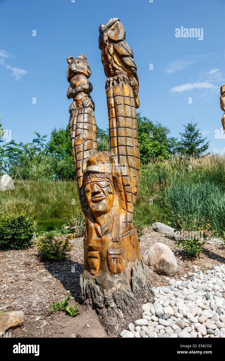 Chainsaw carving ontario stock photos