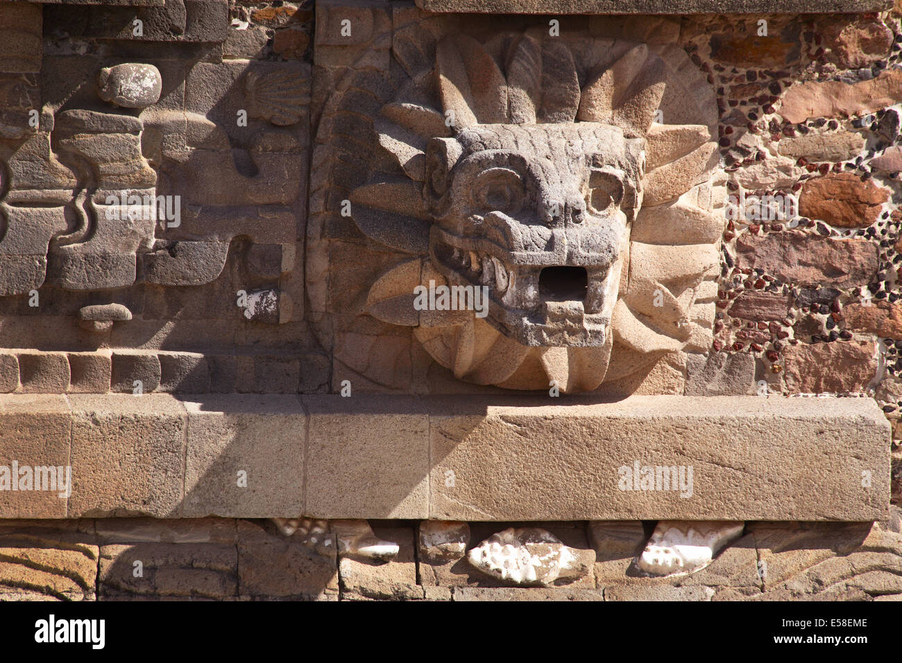 Serpent, Temple of Quetzalcoatl, Teotihuacan, Mexico. Stock Photo