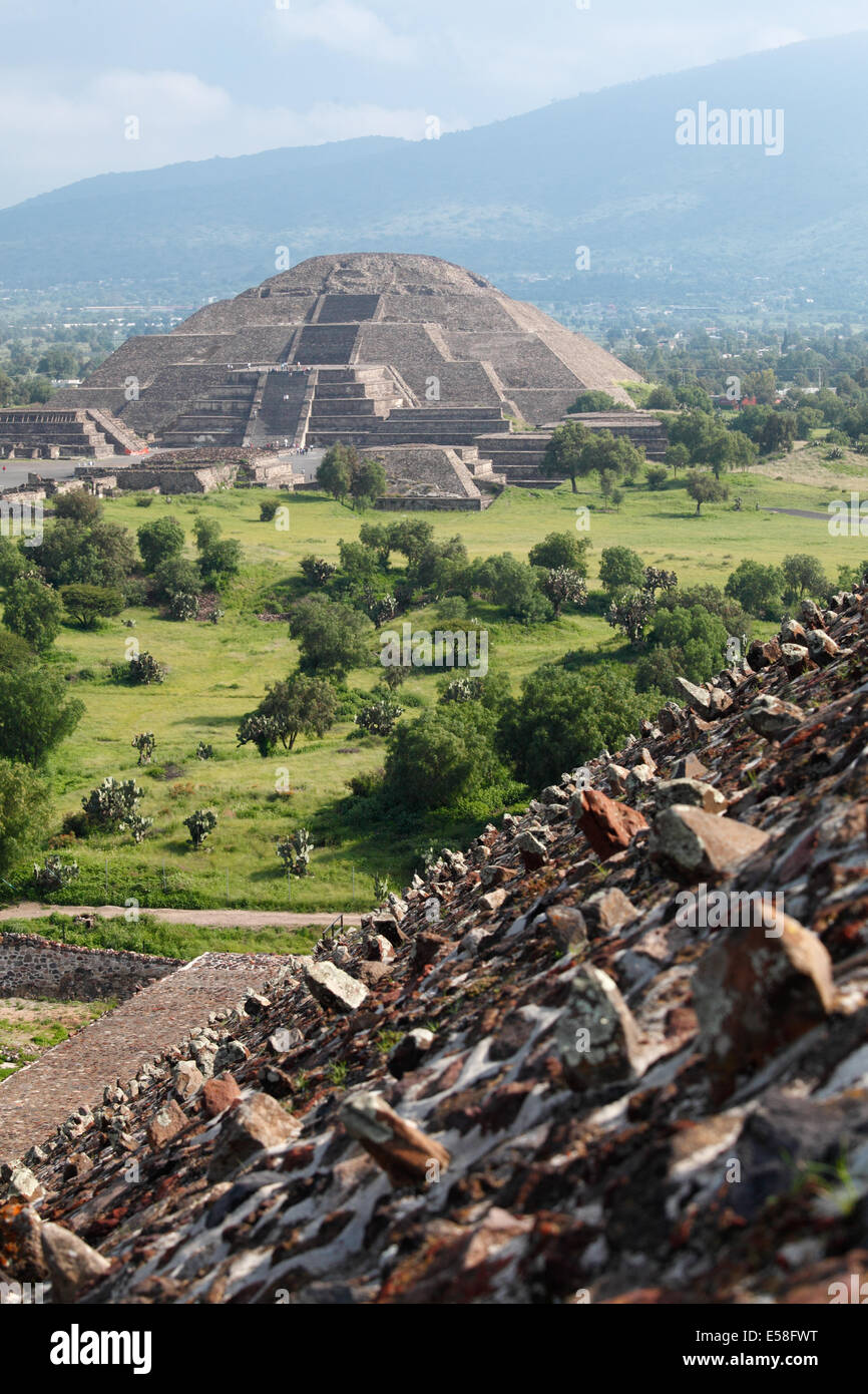 Pyramid of the Moon seen from Pyramid of the Sun, Teotihuacan, Mexico - Stock Image