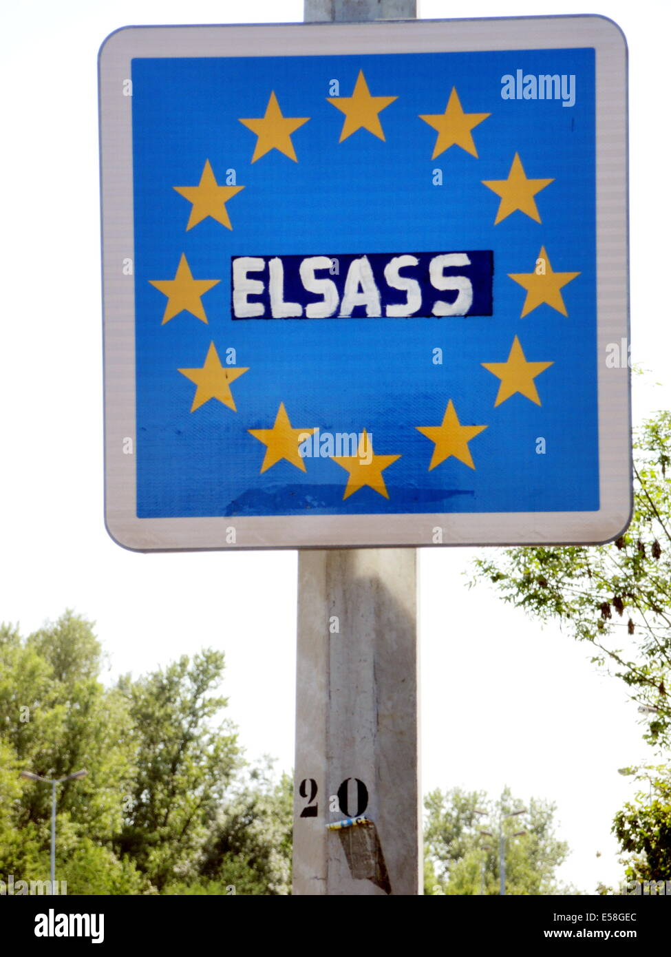 The EU-boarder sign with the original imprint 'France' at the frontier between the german village of Sasbach - Stock Image