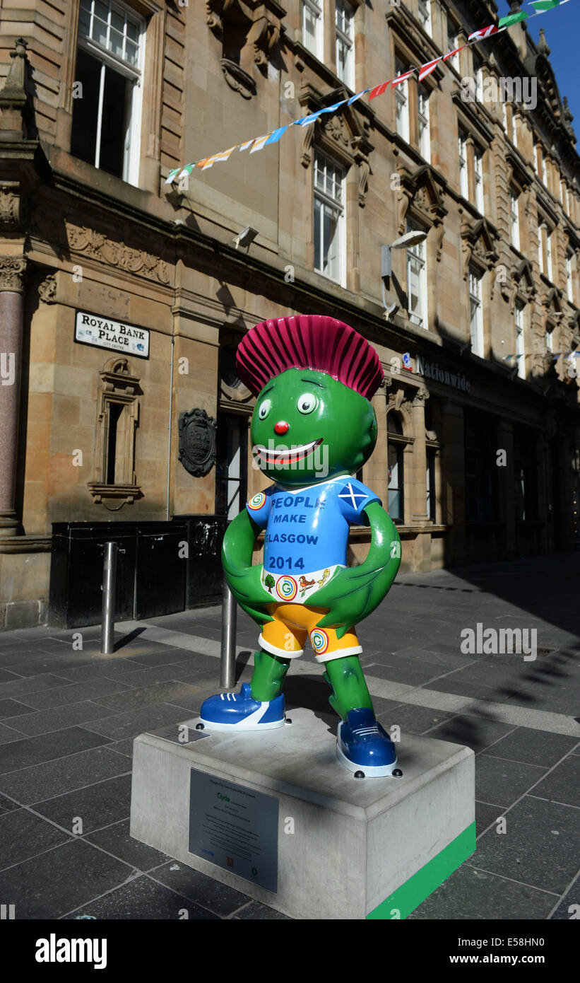 Glasgow, Scotland, UK. 23rd July, 2014. Glasgow city scene showing the games mascot. Commonwealth Games 2014 opening Stock Photo
