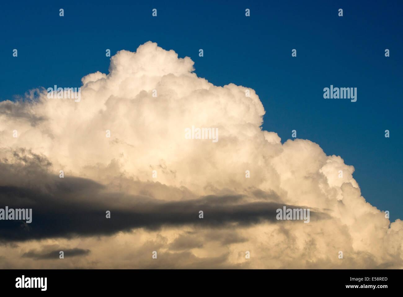 cumulo nimbus clouds over cumbria uk stock photo 72108805 alamy