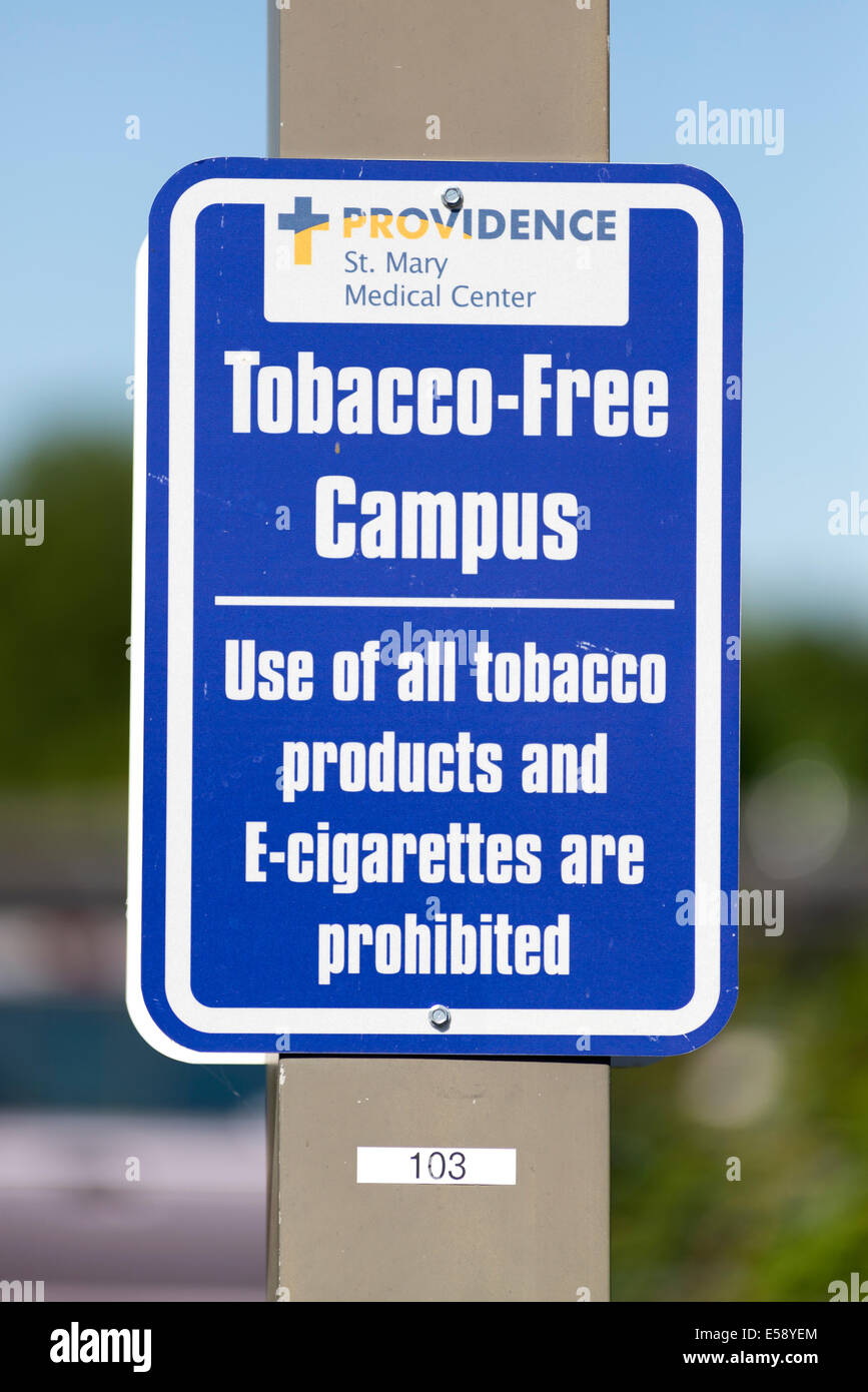 Tobacco-free campus sign at St. Mary Medical Center, Walla Walla, Washington. - Stock Image