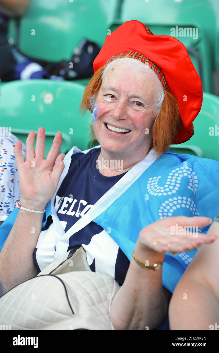 Glasgow, Scotland, UK. 23rd July, 2014. Colourfully dressed spectators at the opening ceremony of the XX Commonwealth Stock Photo
