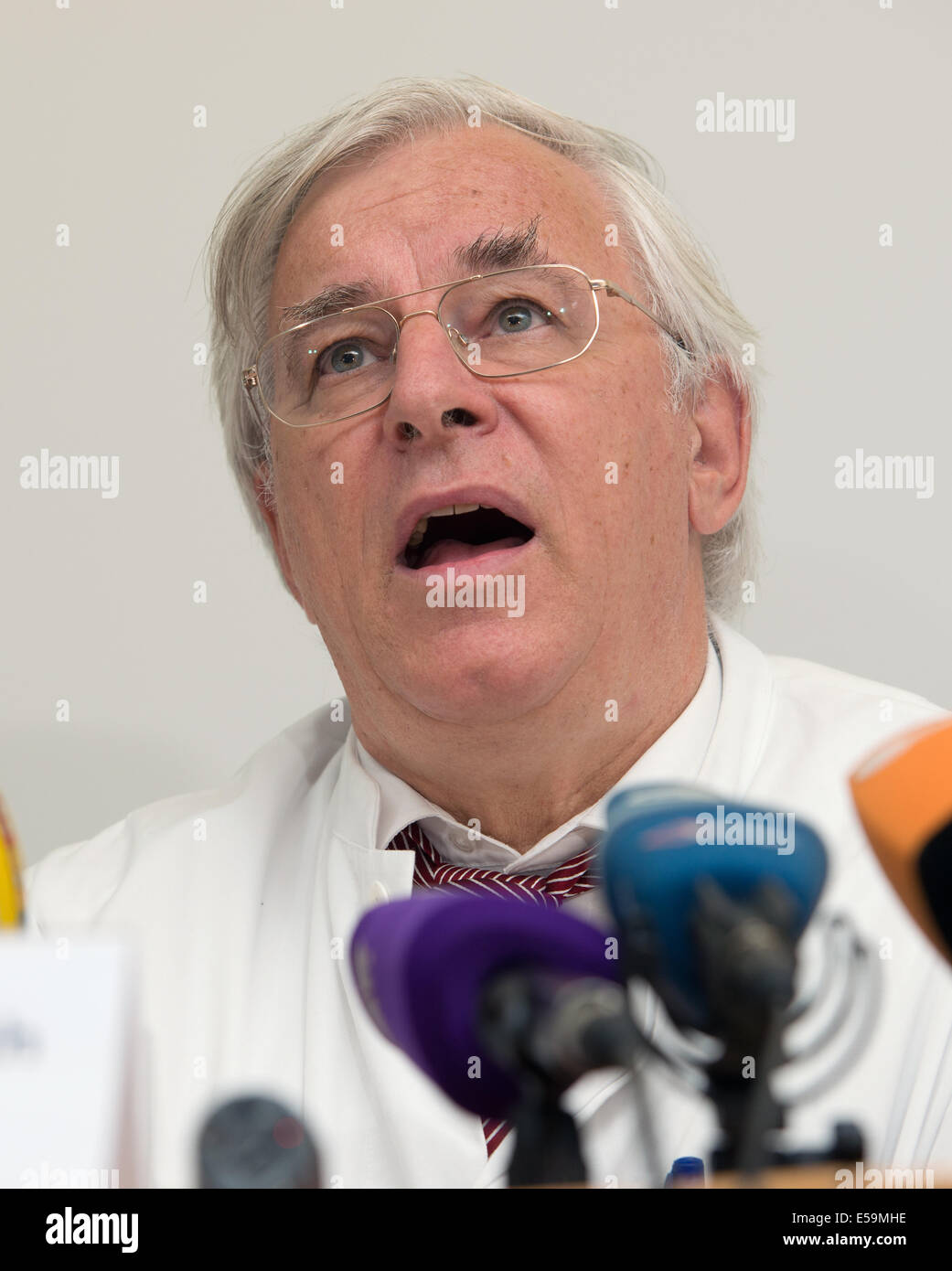 Munich, Germany. 24th July, 2014. The director of the Surgical Department and Outpatient Clinical Center Großhadern, - Stock Image