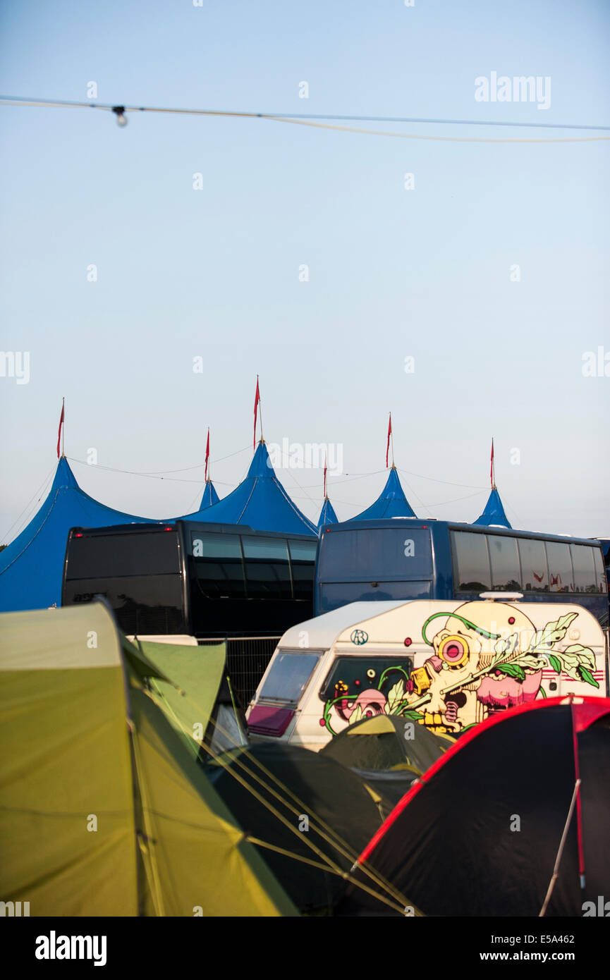Charlton Park, UK. 25th July, 2014. Early morning of the first full day of the WOMAD festival has a few people up Stock Photo