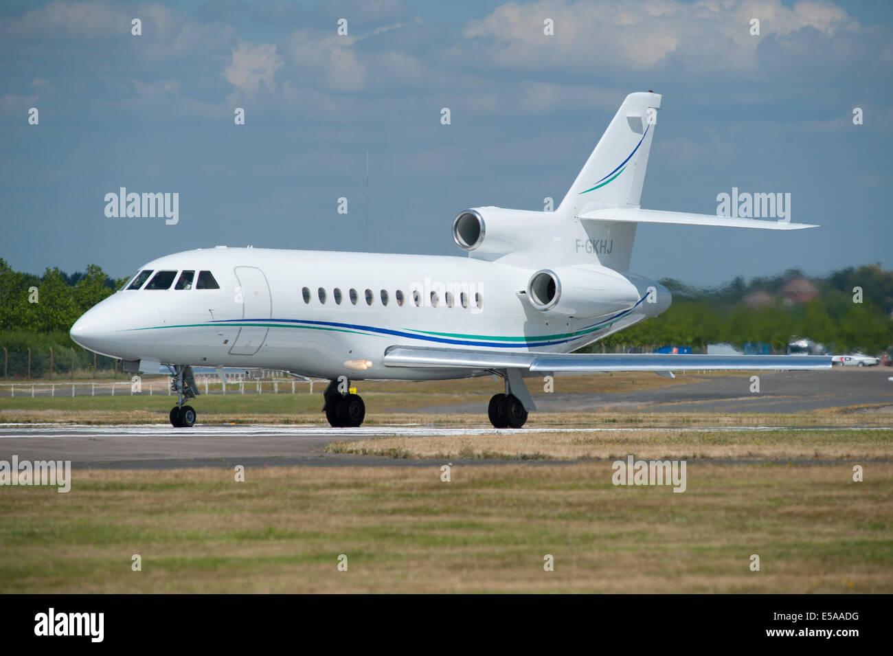 Dassault Falcon 900, Farnborough Airport - Stock Image