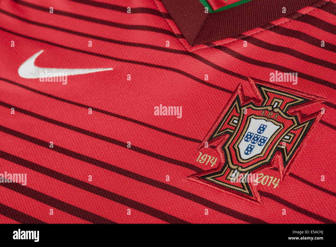 meet ad421 623a0 Portugal National Football Team Stock Photos & Portugal ...