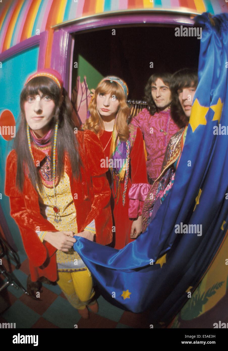 THE FOOL Dutch design collective at their studio in the Beatles Apple Building in Baker Street in 1967. Photo Tony - Stock Image