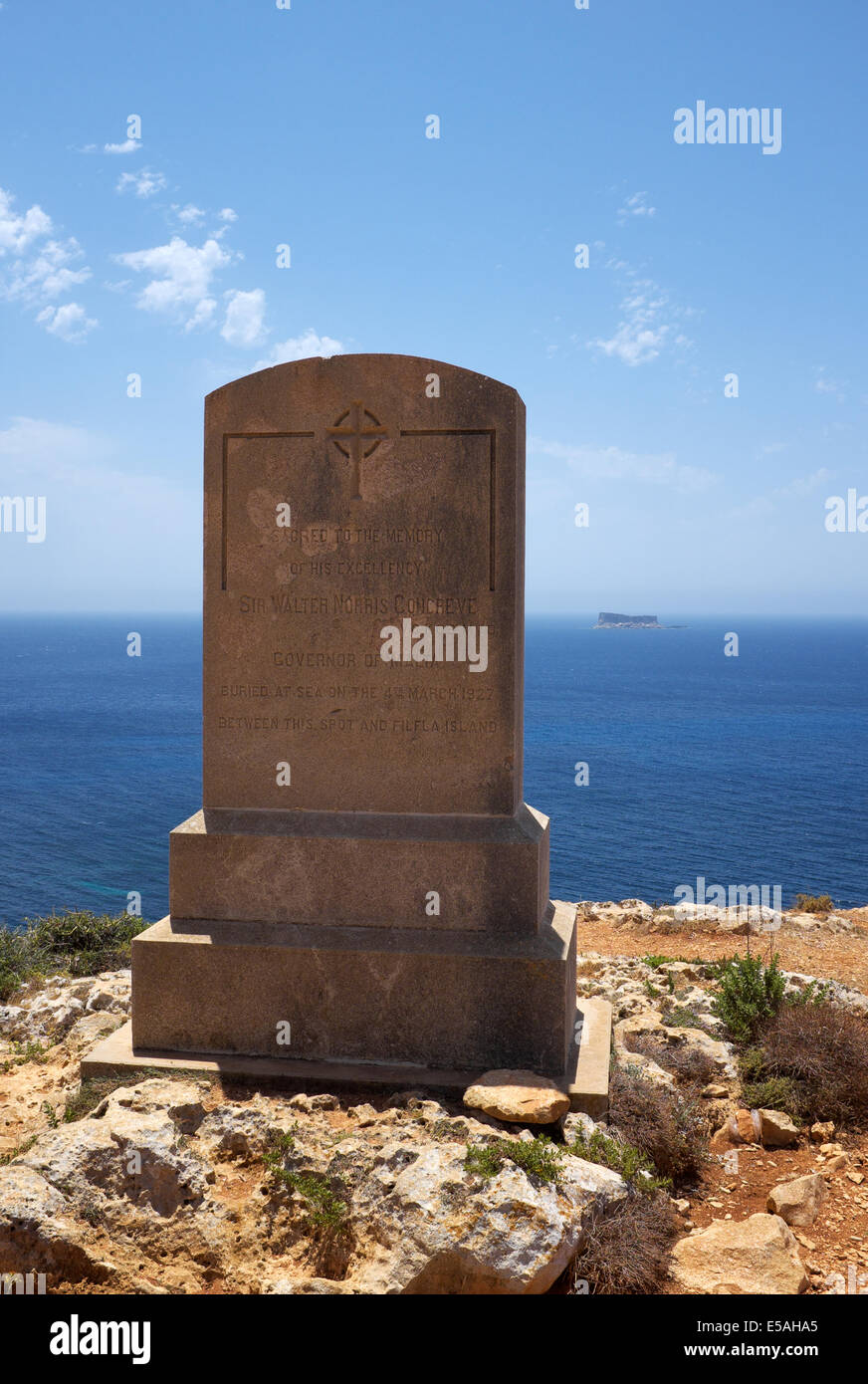 Monument to General Sir Walter Norris Congcreve Governor of Malta near Mnajdra noting his burial at sea near Filfla - Stock Image