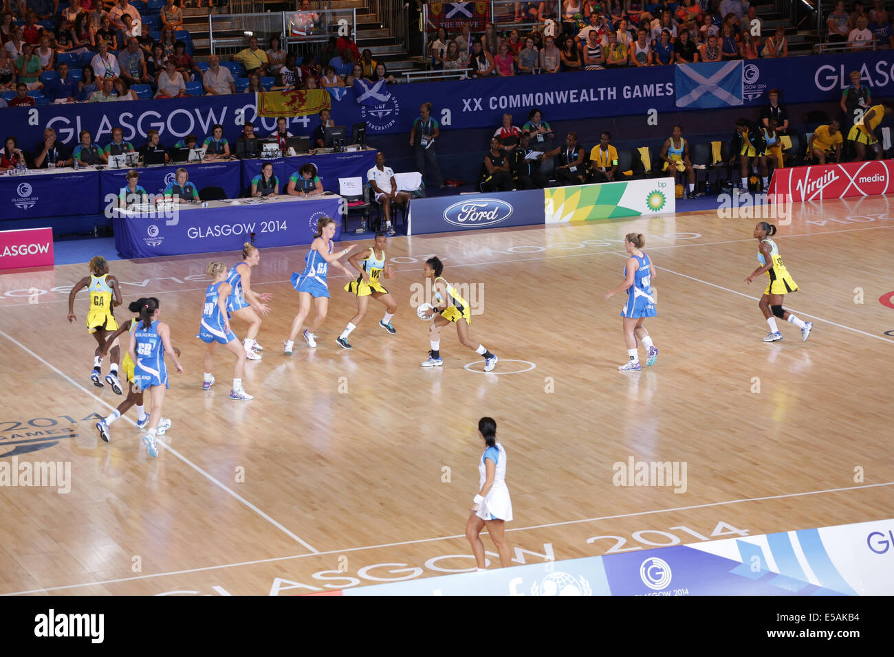 Netball Preliminary Match between Scotland and Saint Lucia at the Glasgow 2014 Commonwealth Games. Scotland win - Stock Image