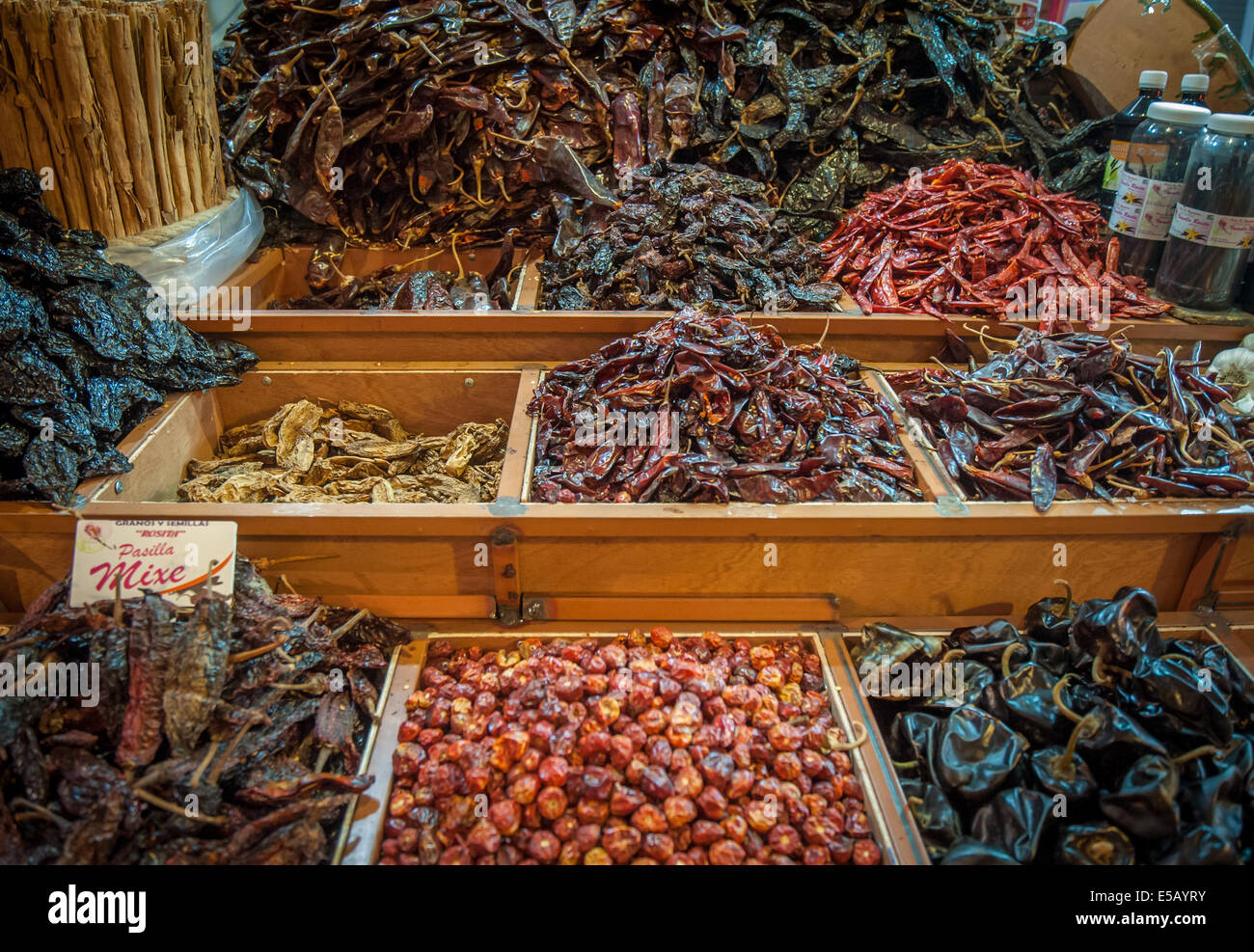 Choice of dried chili in Oaxaca market, Mexico - Stock Image