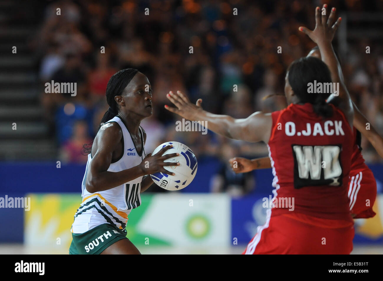 Glasgow, Scotland, UK. 25th July, 2014. Bongiwe Msomi of South Africa during the netball match between South Africa - Stock Image